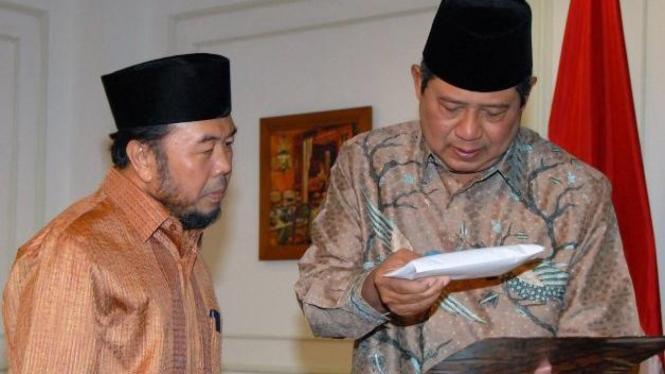 SBY dan Ketua Umum Badan Amil Zakat Nasional (BAZNAS), Didin Hafidhuddin