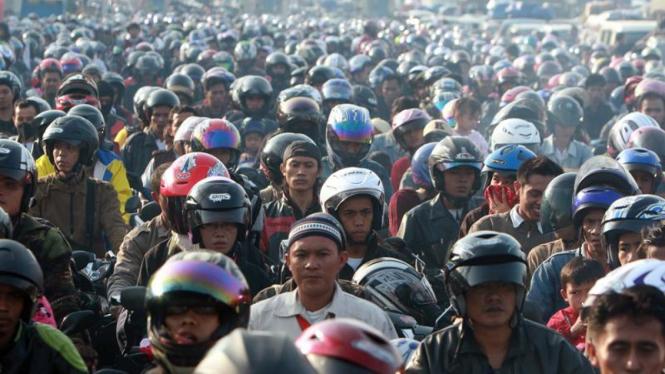 Mudik Lebaran : Pelabuhan Merak, Banten