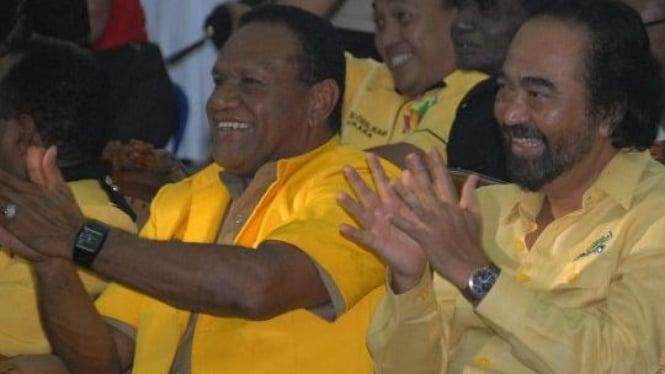 Ketua DPD II Surya Paloh & Ketua Golkar Kabupaten Jayapura, Habel Melkias Suway