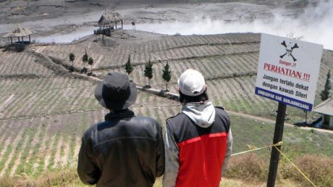 Kawah Sileri di kawasan Dieng, Kepakisan, Batur, Banjarnegara, Jateng.