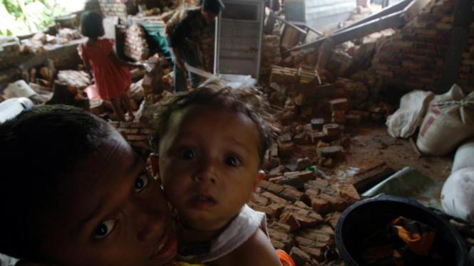 Gempa di Kota Padang : Anak-anak
