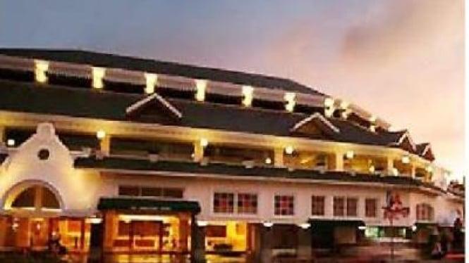 Hotel Ambacang Padang sebelum terjadi gempa