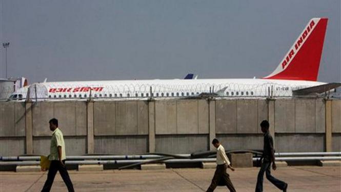 Pesawat milik maskapai Air India di Bandara New Delhi