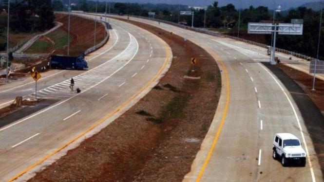 jalan tol Bogor Outer Ring Road (BORR) di Kedunghalang, Bogor