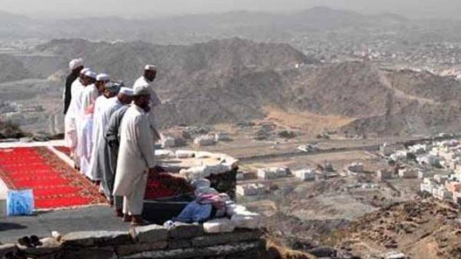Shalat jamaah di Jabal Tsur