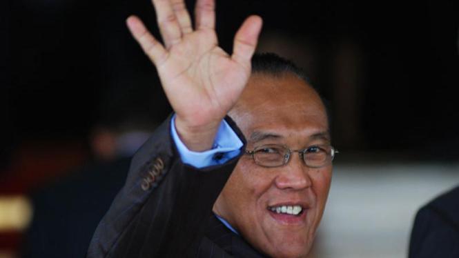 Pelantikan Presiden :  Aburizal Bakrie