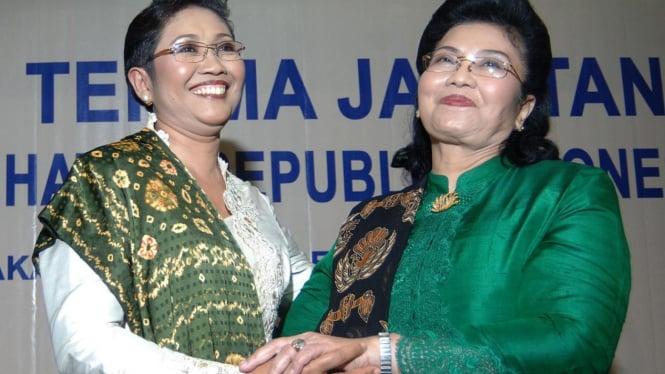 Menkes Endang Rahayu Sedyaningsih dan Siti Fadilah Supari