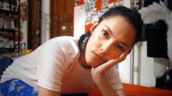 Foto Cathy Sharon dalam 'In My Room'