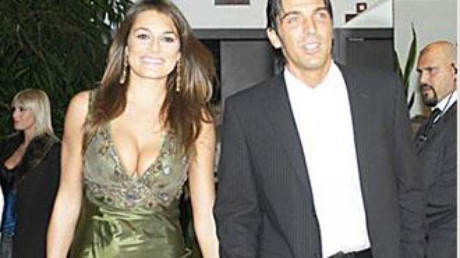 Gianluigi Buffon dan Alena