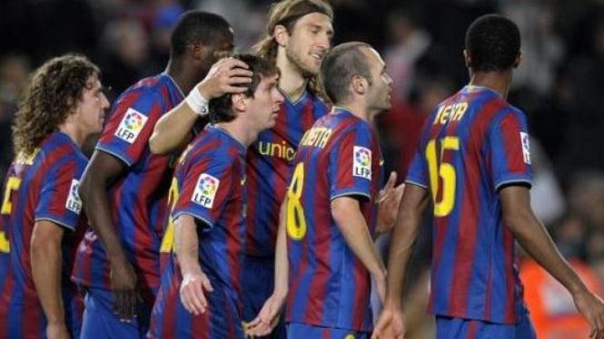 Pemain Barcelona usai mencetak gol.