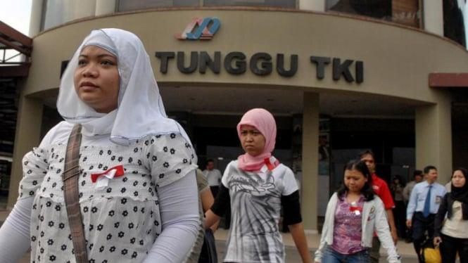 Pekerja migran Indonesia saat baru pulang dari luar negeri beberapa waktu silam.