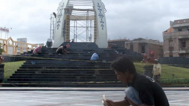 Monumen Perdamaian Dunia, di Ambon, Maluku