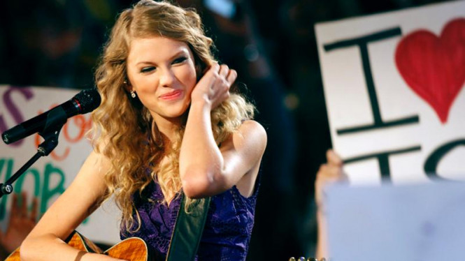 Country Music Awards: Taylor Swift