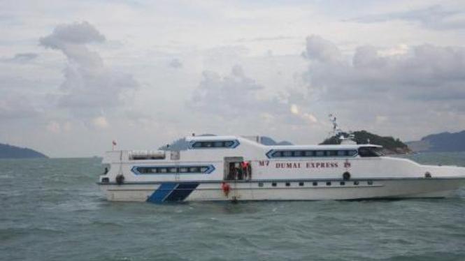 SAR naiki Dumai Express 19 cari korban kapal Dumai Express 10 yang tenggelam