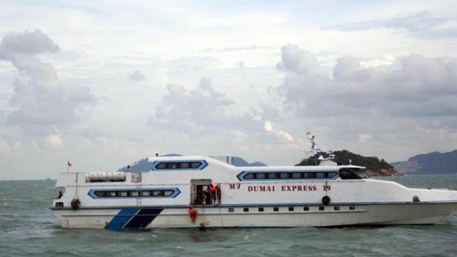 Korban Kapal Ferry Dumai Express 10