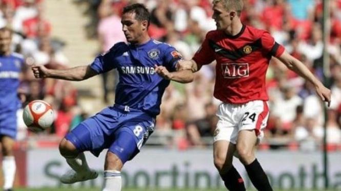 Darren Fletcher (kanan) & Frank Lampard