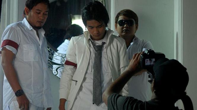 Syuting Klip Indonesia Bersatu: ST 12