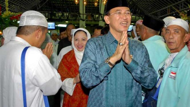 Kembalinya Jemaah Haji Indonesia : Suryadharma Ali