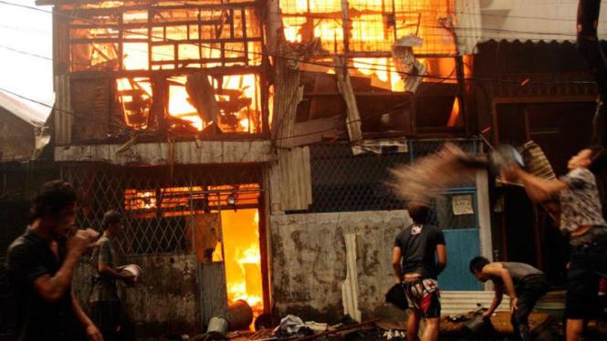 Kebakaran Di Kawasan Tambora