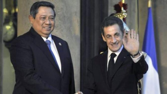 Presiden Susilo Bambang Yudhoyono (SBY) dan Presiden Prancis Nicolas Sarkozy