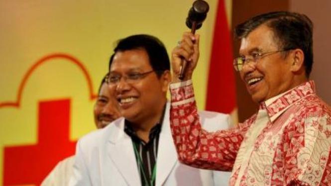 Jusuf Kalla menjadi Ketua Umum PMI gantikan Marie Muhammad