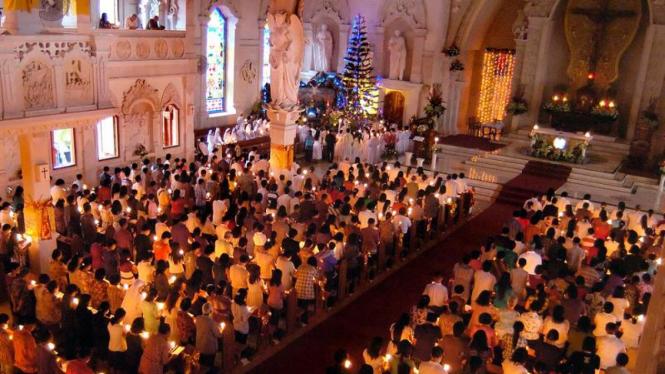 Misa Natal di Bali