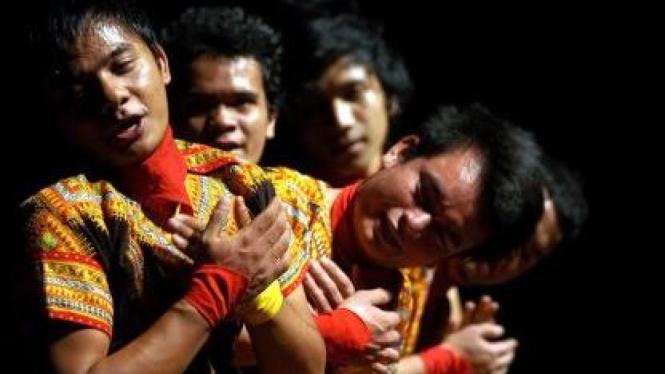 Tari Saman asal Aceh
