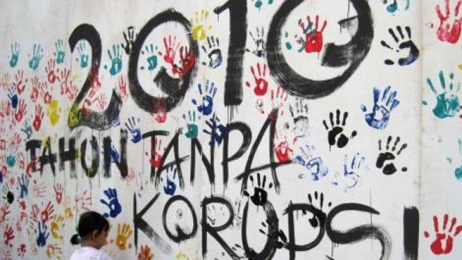Aksi cap telapak tangan sambut tahun 2010 tanpa korupsi