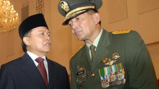Sekretaris Kabinet Dipo Alam & Wakil Menteri Pertahanan Sjafrie Sjamsoeddin
