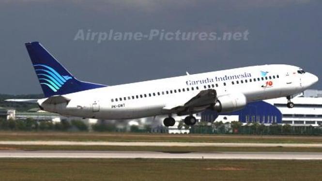 Boeing 737-400 milik Garuda Indonesia