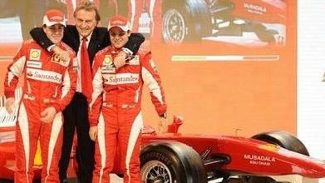 Luca Cordero di Montezemolo (tengah), Felipe Massa (kanan), dan Fernando Alonso