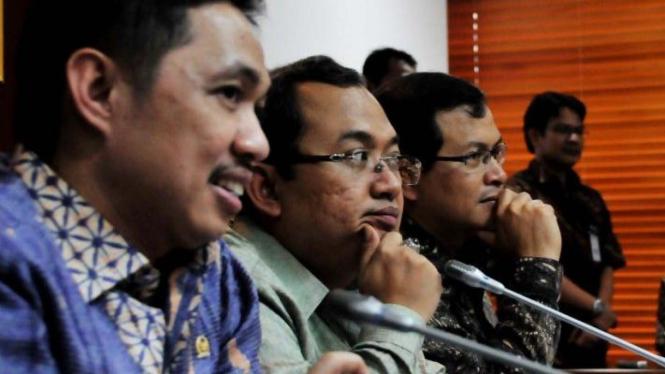 Wakil Ketua DPR Anis Matta, Priyo Budi Santoso & Pramono Anung
