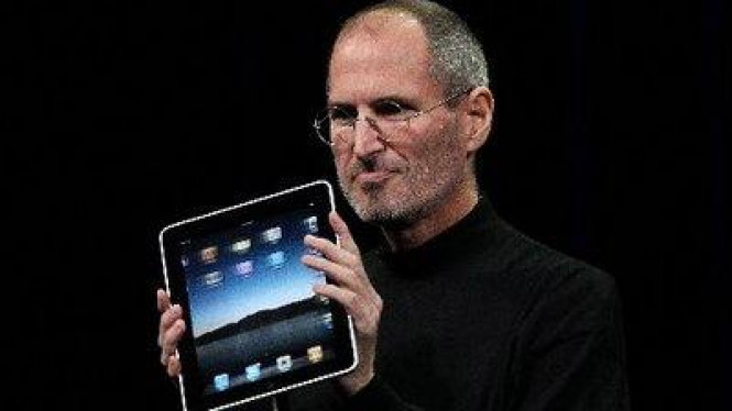 Steve Jobs dan Apple iPad