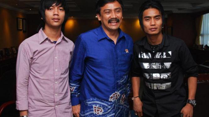 Menegpora, Andi Mallarangeng, Charlie ST12 & Ryan The Massiv