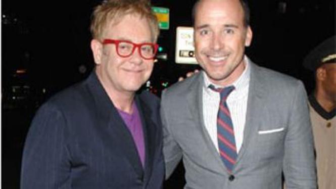 Elton John dan David Furnish