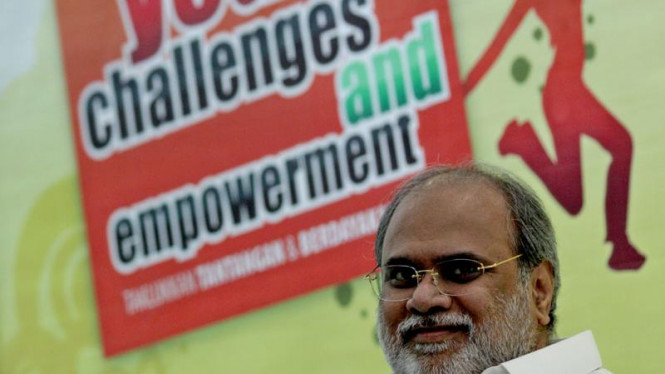 Anand Krishna pada Peluncuran Buku 'Yought Challenges and Empowerment'
