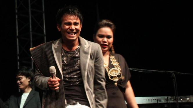 Judika saat tampil di Java Jazz Festival 2010
