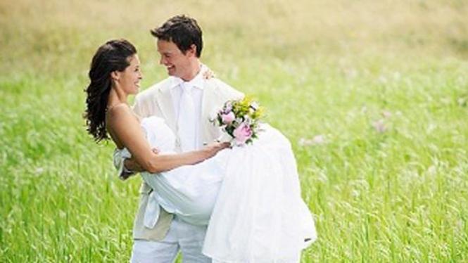 pernikahan unik di alam terbuka