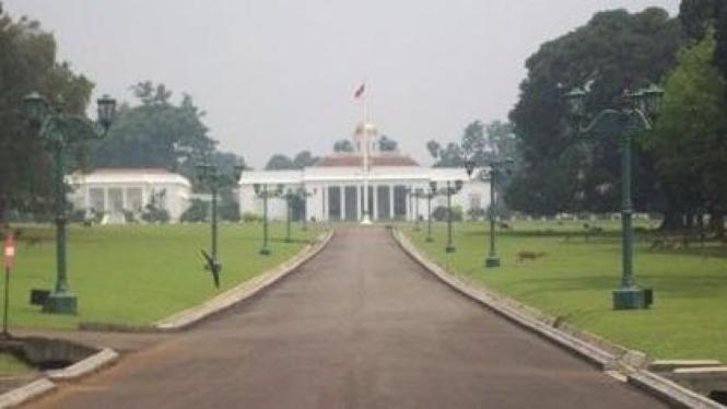 Istana Bogor dari depan