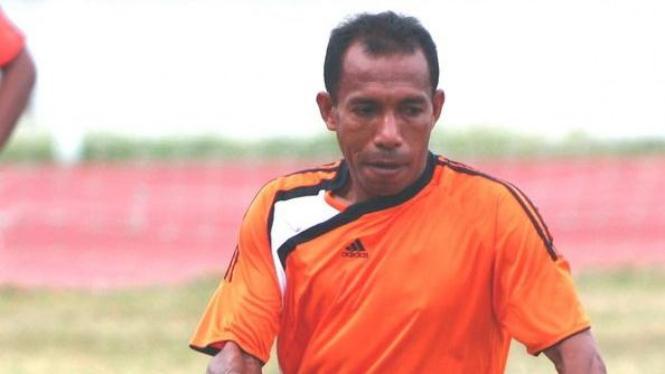 Pelatih Deltra Nus Yadera