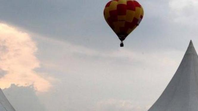 Balon udara di kegiatan festival jelajah balon udara di Sentul, Bogor