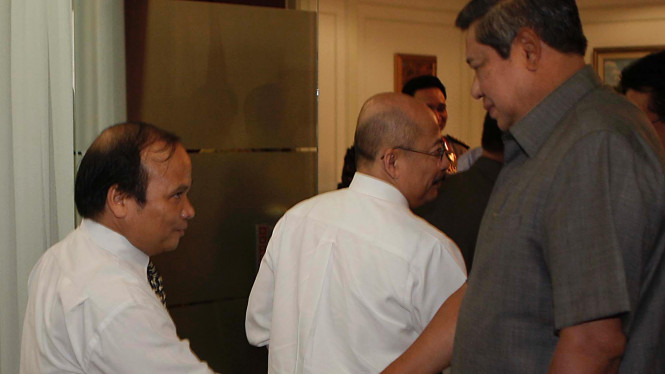 Satgas Pemberantasan Mafia Hukum Menemui Presiden