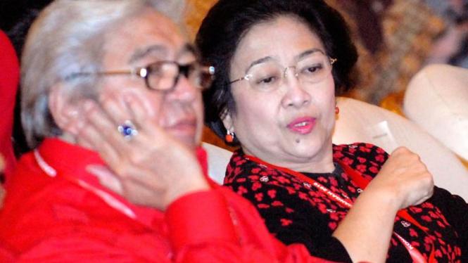 Kongres PDIP: Megawati&Taufik Kiemas