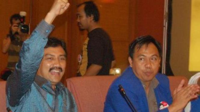 Agusrin M Najamuddin dan Andi Mallarangeng (Demokrat)