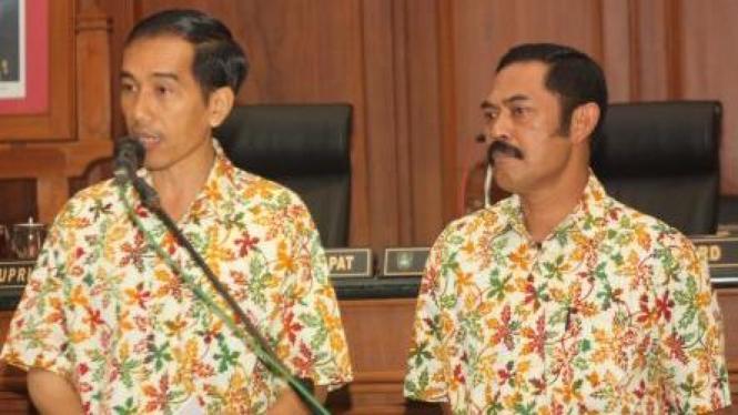 Joko Widodo (kiri) - FX Hadi Rudyatmo (kanan)