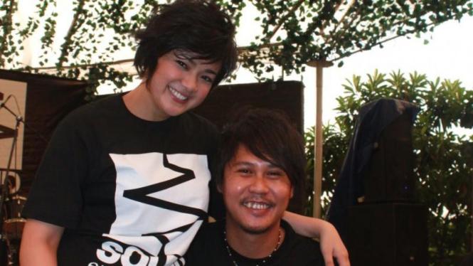 Nirina Zubir & Ernest.