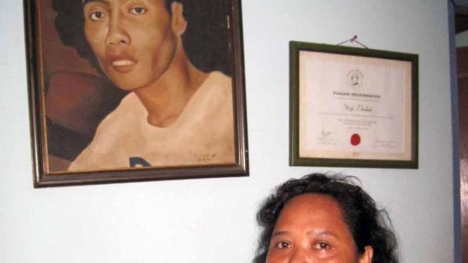 Dyah Sujirah, istri Widji Thukul.