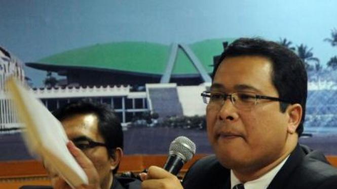 Arif Budimanta (PDIP)