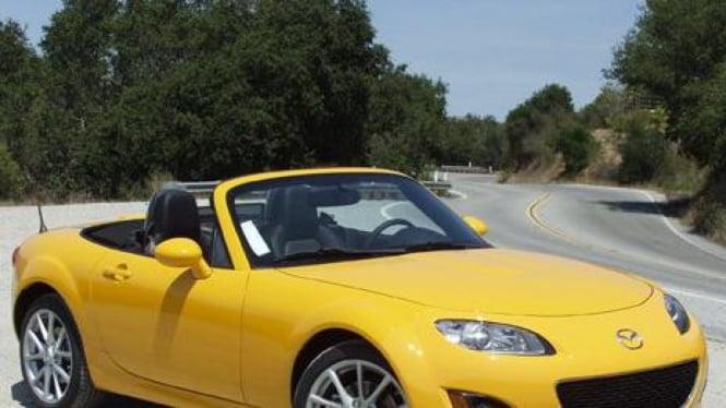 Mazda MX-5 Miata 2010