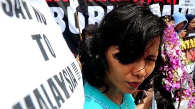 Unjuk Rasa TKI di Kedubes Malaysia